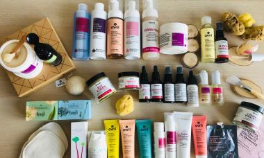 Jak powinna wyglądać pielęgnacja cery suchej - naturalne kosmetyki do suchej skóry